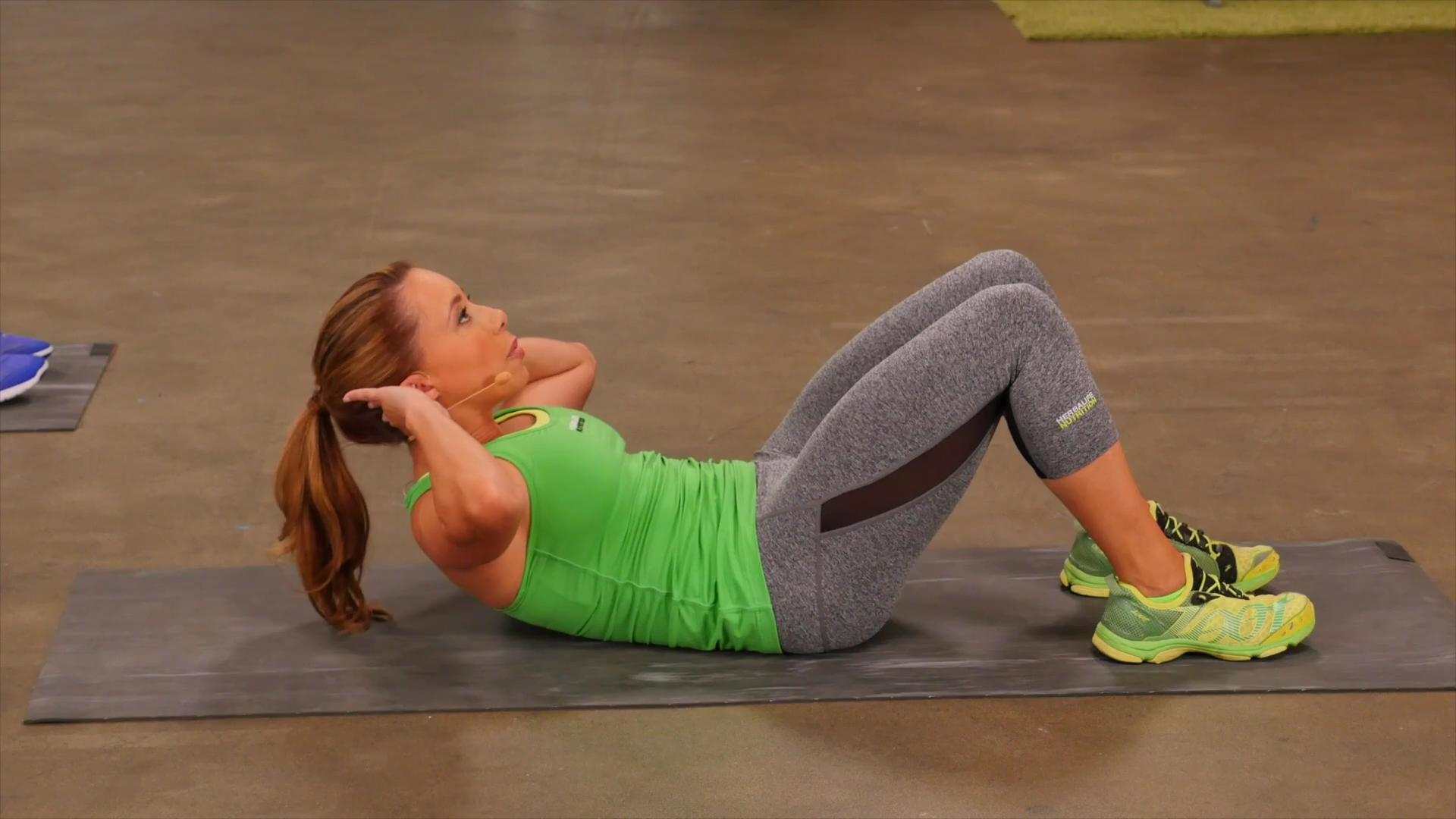 Pour Sweat Core routine with Samantha Clayton